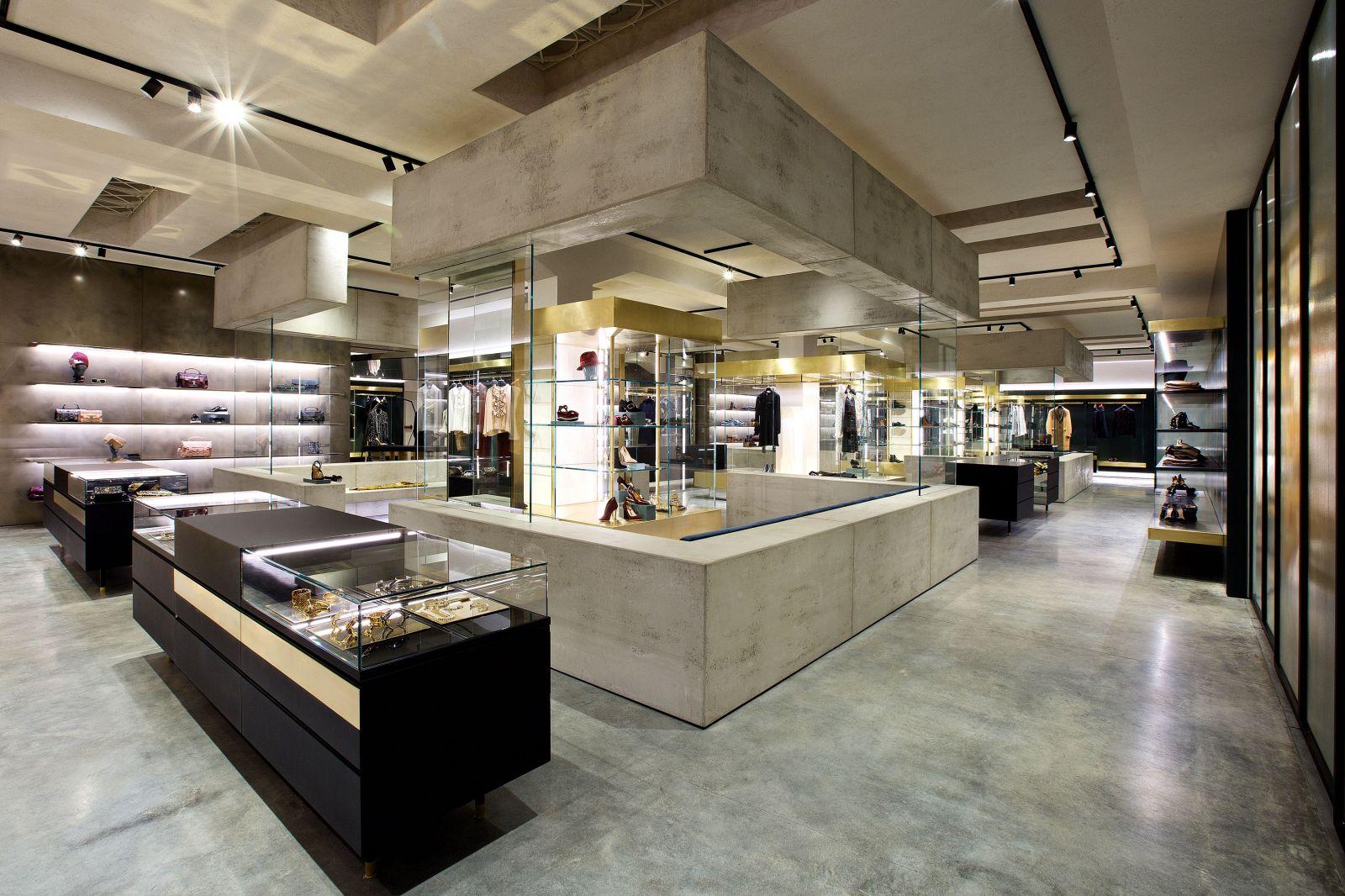 305663e20d7c ... negozio-mantova-donna-follifollie 07 ...