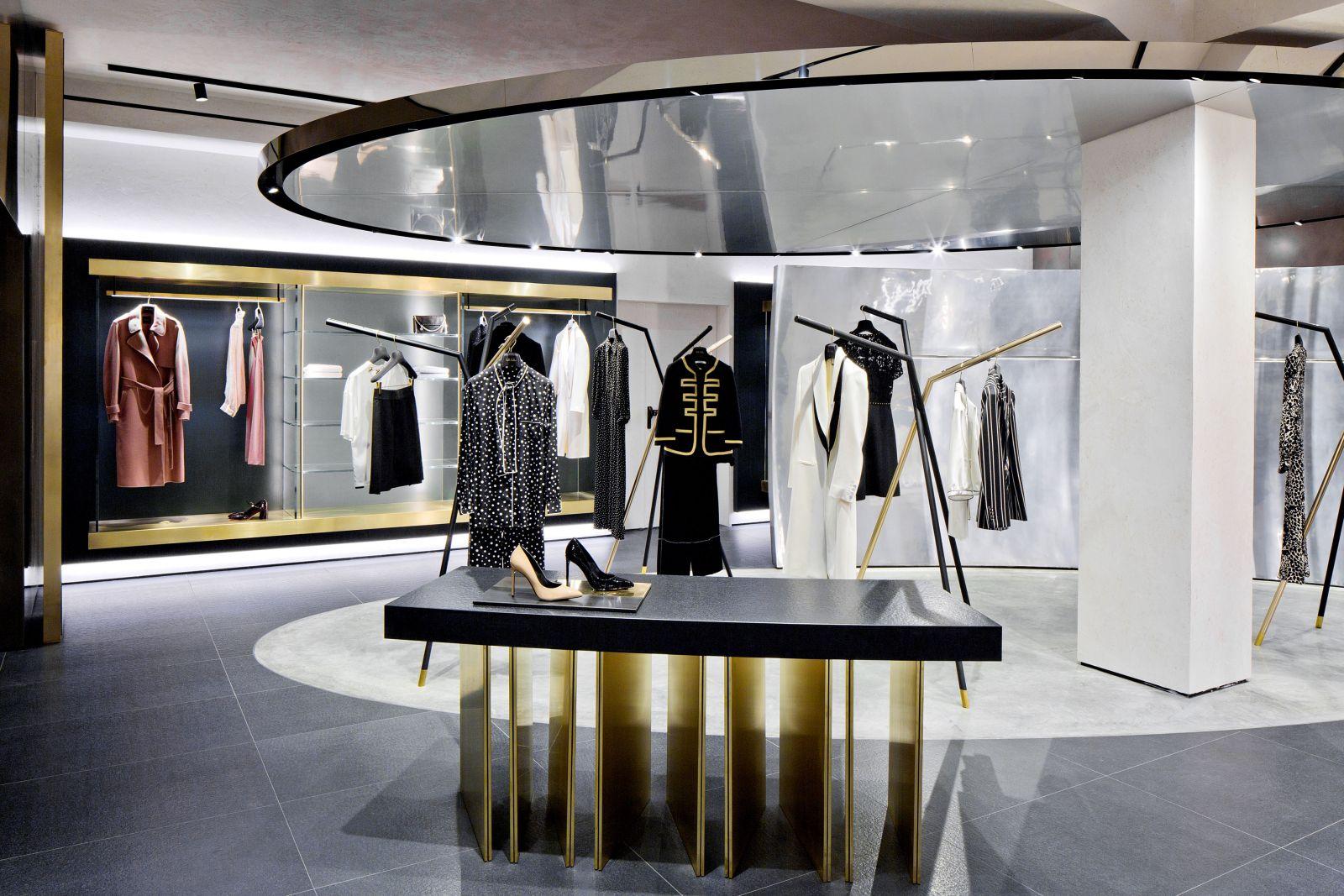 9bc2f6ceddf7 negozio-mantova-donna-follifollie 09 negozio-mantova-donna-follifollie 12  negozio-mantova-donna-follifollie 13 negozio-mantova-donna-follifollie 14  ...